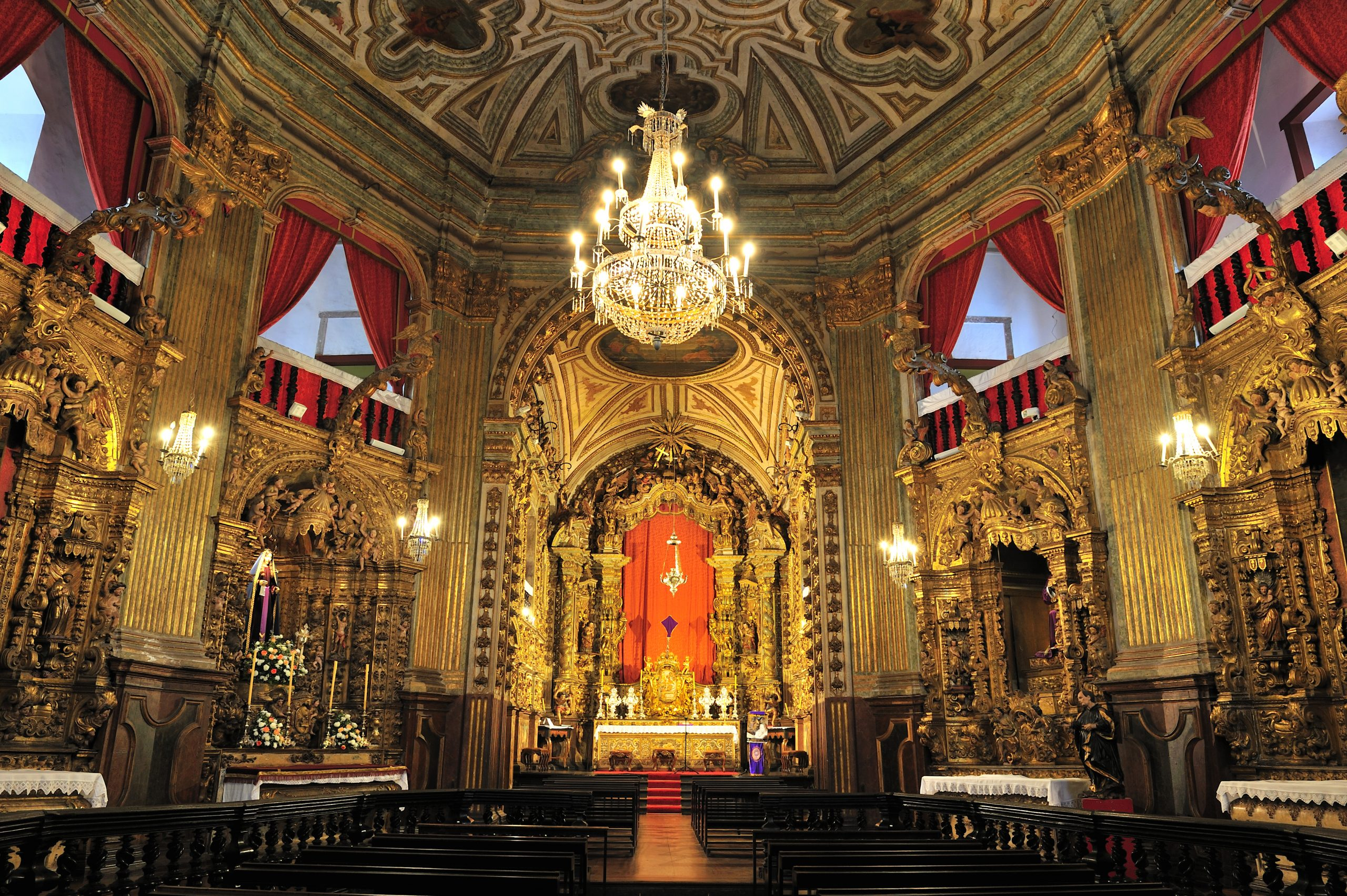 igreja-pilar-interno