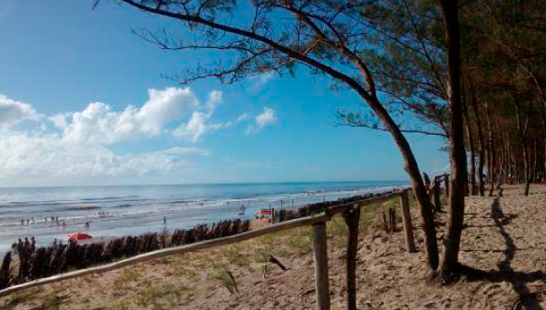 Praias no norte do Espírito Santo: Praia do Bosque